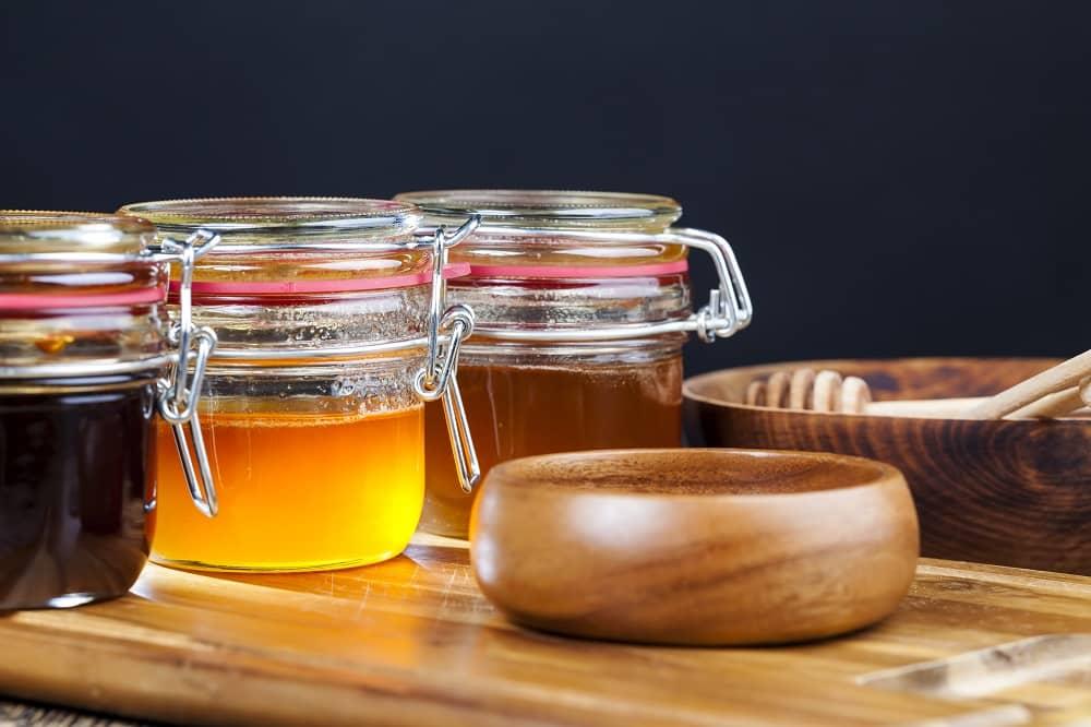 Frascos de Miel de abeja, varian de acuerdo a la floración